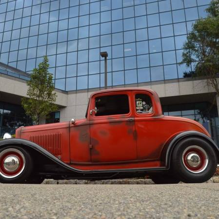 1932 Ford 5W Coupe - 12