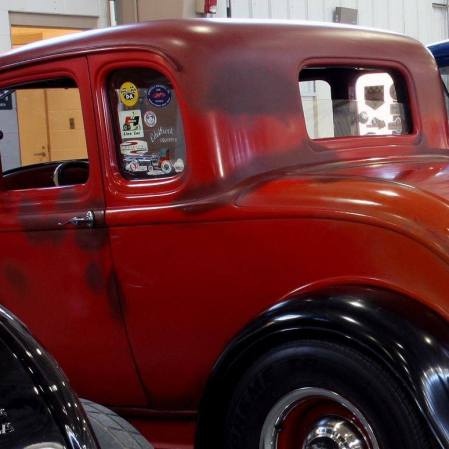 1932 Ford 5W Coupe - 17