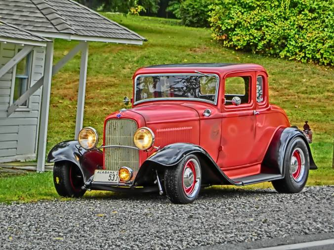 1932 Ford 5W Coupe - 19