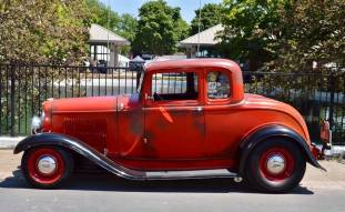 1932 Ford 5W Coupe - 2