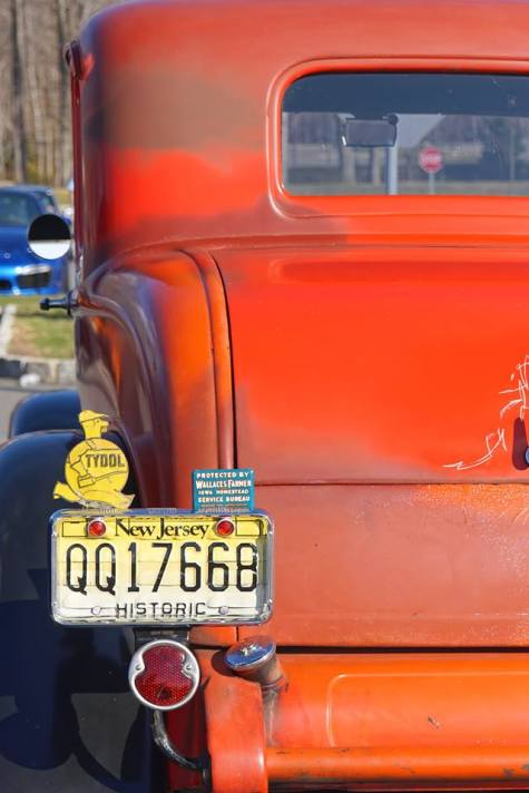 1932 Ford 5W Coupe - 25