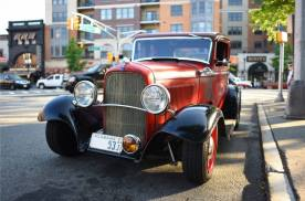 1932 Ford 5W Coupe - 30