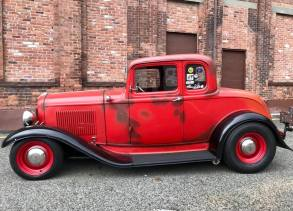 1932 Ford 5W Coupe - 6