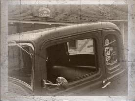 1932 Ford 5W Coupe - B&W - 3