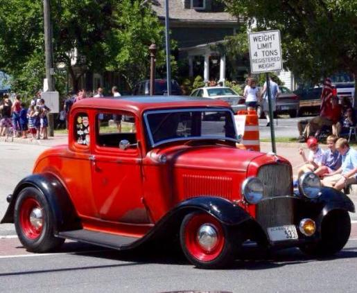 1932 Ford 5W Coupe - Car Show - 3