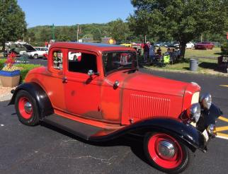 1932 Ford 5W Coupe - Car Show - 5