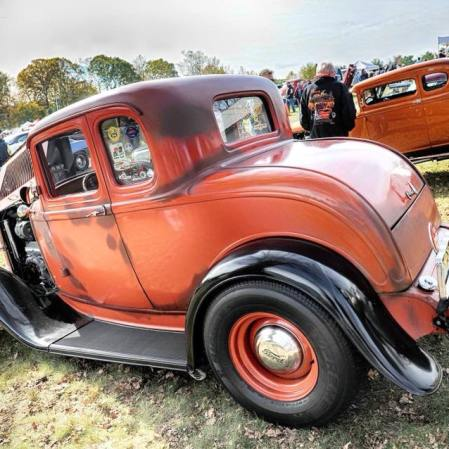 1932 Ford 5W Coupe - Car Show