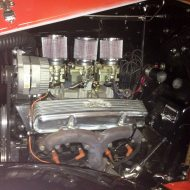 1932 Ford 5W Coupe - Engine