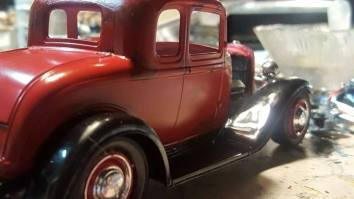 1932 Ford 5W Coupe - Model